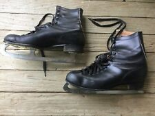 Vintage Pair of Kingswood Black Leather Ice skates Size 8
