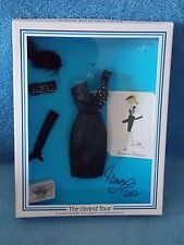 2012 Barbie Doll Convention   Paris Parisian Pleasure Signed by Steven Frasier