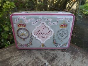2005  Wedding of Prince Charles & Camilla Wedding cake tin given by the couple