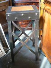 ancien piedestal colonne industriel design 1900 fer forgé eiffel