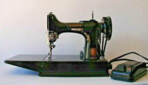 Working Vintage Singer Featherweight Portable Electric Sewing Machine 221