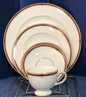 WEDGWOOD Colorado Bone China 501303 5-Piece Place Setting ~ Excellent Condition!
