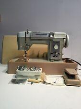 Vintage Viking 669 22 Stitch Patterns Heavy Duty ZigZag Sewing Machine