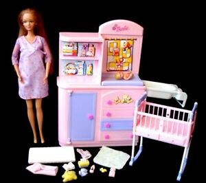 Barbie Happy Family Pregnant Midge Doll Baby + Changing Unit Accessories NO BUMP