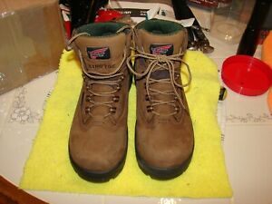 RED WING 2340 Size 7.5 B Waterproof Safety Toe Women's Work Boots RETAIL $189