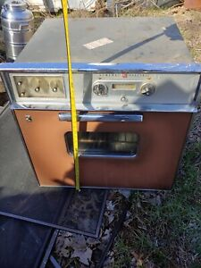 """GE Wall Oven, 1960s vintage 27""""brownish peach color with white retro"""