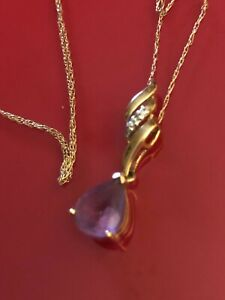 "9ct Gold Amethyst Pendant on fine 20"" chain"