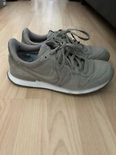Nike Mens Internationalist Tan Beige Trainers Size 6 UK - Used