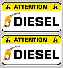 2 X ATTENTION DIESEL GASOIL CARBURANT AUTOCOLLANT STICKER 7cm (DA128).