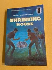#18 SC The Mystery Of the Shrinking House - Three Investigators