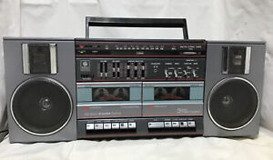 Vintage 1980s General Electric GE Boombox Ghetto Blaster 3-5682A Works Great!