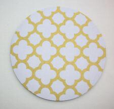Round Computer Mouse Pad / Mat - metallic gold Quatrefoil on white trellis