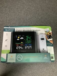 La Crosse Technology V10-th Remote Monitoring Color Weather Station M19A