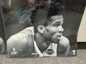 Giannis Antetokounmpo Milwaukee Bucks Signed Autographed 16x20 Photo LE 22/34