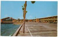 042320 VINTAGE PANAMA CITY FL POSTCARD HOLIDAY INN 1960'S CARS