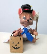 """New in bag Annalee Mobilitee Doll 6"""" Hobo Mouse Holding Trick Or Treat Bag Tags"""