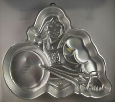He-Man Cake Pan from Wilton 3184 Clearance