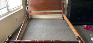 Acme 9585 Platform Bed Frame - Full Size