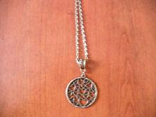 collier chaine bronze 51 cm avec pendentif rond coeurs