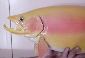 taxidermy fish mount