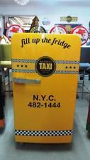 50er Jahre Bosch Kühlschrank Taxi Yellow Cab Retro Design auf Rollen