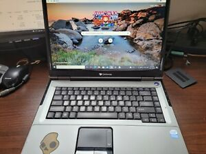 Gateway ma6, Windows 10 Pro , 250 GB HD, 4 GB Ram,  MS Office