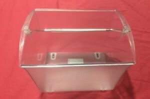 """Zia Caddy Plastic 7.5"""" X 7"""" X 5.5"""" With Handle"""