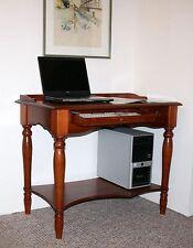 Massive Schreibtische & Computermöbel aus Massivholz mit Ablagen