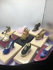 9 Just The Right Shoe 25030,25022, 25036,25023,25083,25047,25019, 25035,& 25042