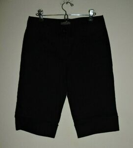Ann Taylor Size 2 Curvy Fit Solid Black Flat Front Bermuda  Shorts
