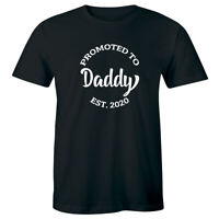 Promoted To Daddy Est 2020 Pregnancy Announcement Reveal Men's T-Shirt