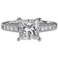 ROUND & SOLITAIRE PRINCESS CUT DIAMONDS ENGAGEMENT RING,18K WHITEGOLD HALLMARKED