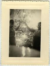 PHOTO ANCIENNE - CURIOSITÉ SAPIN DE NOËL ENFANT -CHRISTMAS TREE-Vintage Snapshot