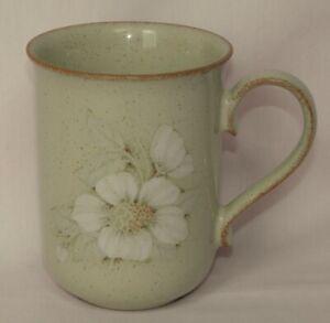 Denby Daybreak, Mug, Straight Sided, Ear shaped Handle, 7.5cm x 10cm tall, Beige