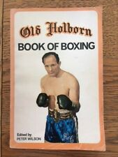 OLD HOLBORN BOOK OF BOXING Edited by PETER WILSON - Pub GALLAHER - £3.25 UK POST