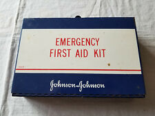VINTAGE JOHNSON & JOHNSON EMERGENCY FIRST AID KIT METAL BOX W/CONTENTS