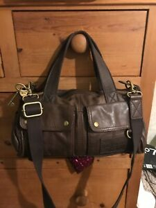 Hardly used Fossil brown leather bag with detachable cross body strap