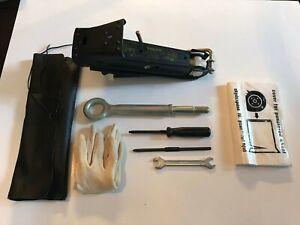 99 - 09 Volvo S60 S80 V70 XC70 Roadside Emergency Jack Tow Hook Tools