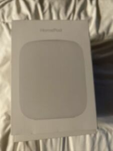 Apple HomePod Voice Enabled Smart Assistant - White. With Box