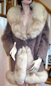 1970s Mocha Wool Boucle FOX Trimmed Coat Jacket 4-6