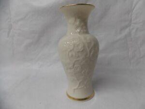 """Lenox Ivory Floral Embossed Porcelain 24K Gold Trim Bud Vase 6""""H"""