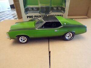 Vintage Built 1971 Cougar Model  #1-7122-250