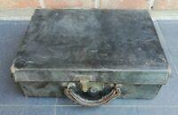Ancienne valise de barbier début XXème siècle verre biseauté, coupe choux.....