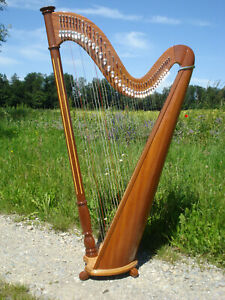 Roundback Harfe Mahagoni 40 Saiten NEU hochwertig Klappensystem sehr gut+Tasche