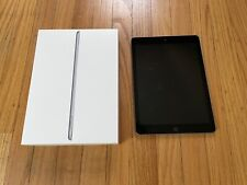 Apple iPad (6th Generation) - 32GB - Wi-Fi, 9.7in - Space Gray