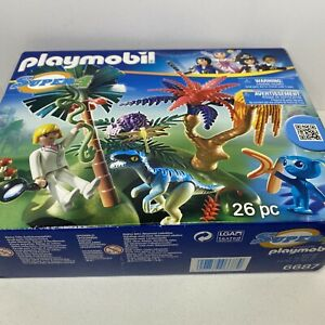 Playmobil Super 4 Lost Island with Alien and Raptor 6687 Sealed In The Box B1