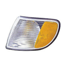 Replacement Turn Signal / Parking Light for Audi (Front Driver Side) AU2526102