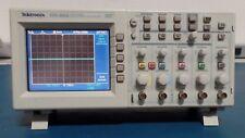 Tektronix Tds2024 Withtds2cmtds2cma 200mhz Digital Storage Oscilloscope 4 Ch