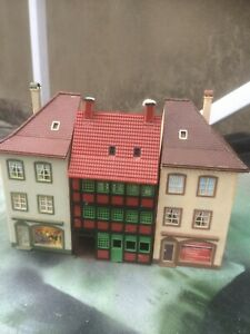 ho model railway  2 end house /shops and center piece vintage