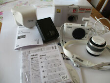 Nikon N 1 J 1 Digitalkamera, weiß, Nikon 10-30mm, OVP, kompl. Zubeh., wie neu !